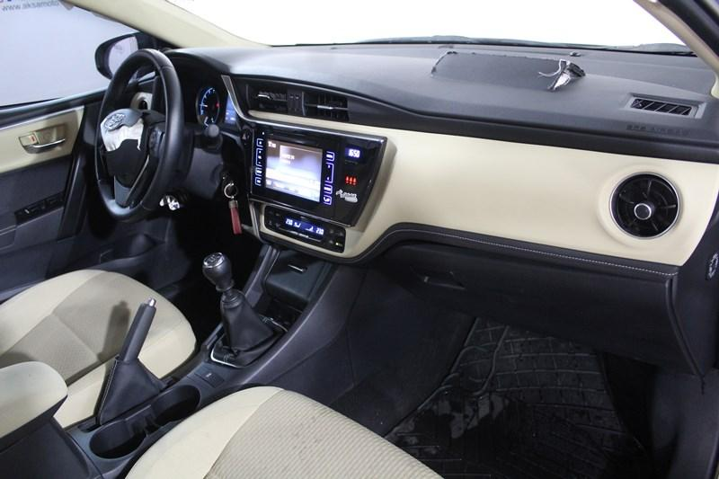 2018 TOYOTA COROLLA 1.6 TOUCH
