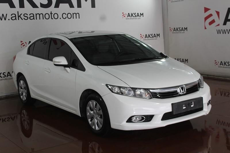 2012 HONDA CIVIC SEDAN 1.6 (125) DREAM (Y)